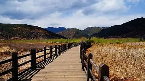 西昌泸沽湖常规双汽4日游